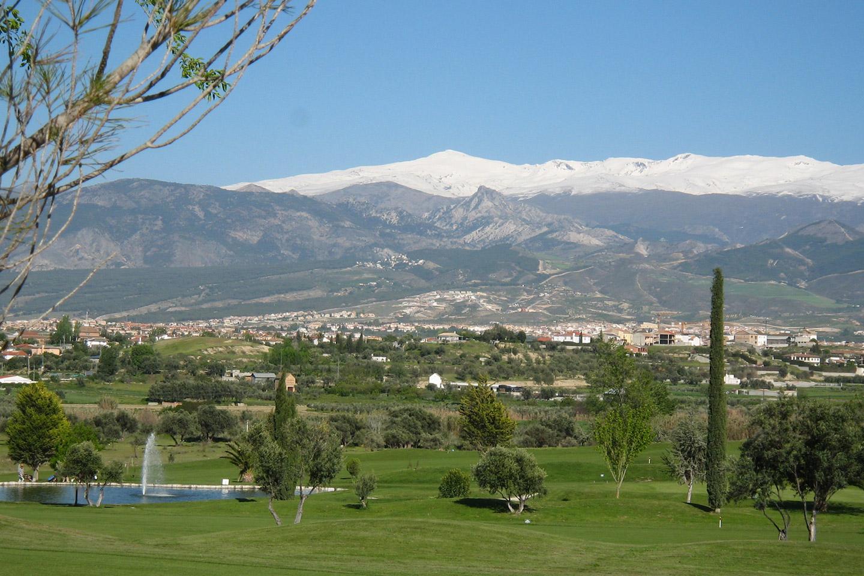 Granada golf Sierra nevada view
